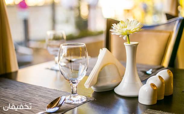 رستوران آرامش شاندیز
