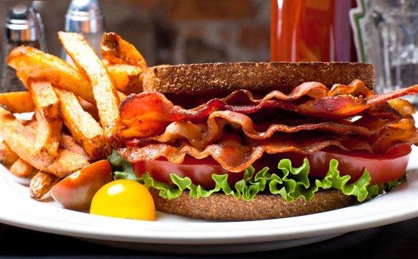 ۴۰% تخفیف فست فود اژدر زاپاتا برای منو پیتزا و ساندویچ