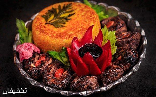 رستوران سنتی حوض خونه  یک تجربه عالی از هنر آشپزی با ۳۰% تخفیف