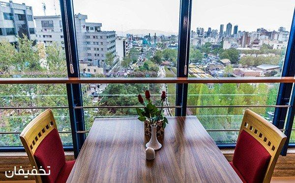 رستوران لوکس قصر آریا ویژه بوفه ناهار و شام به همراه موسیقی زنده با ۳۰% تخفیف