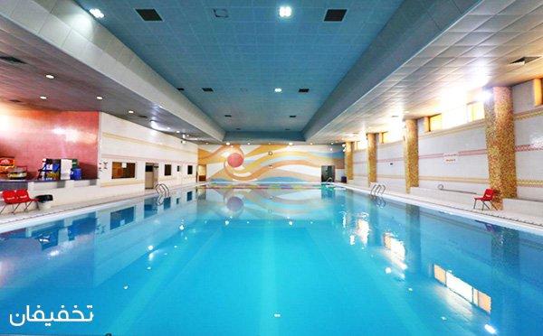 سانس تفریحی و آزاد شنا در استخر فجر دانشگاه شریعتی با ۳۰% تخفیف