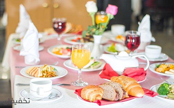 هتل پارسیان استقلال ویژه بوفه صبحانه لاکچری با  ۳۴% تخفیف