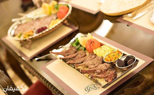 غذاهای سنتی بی نظیر در رستوران مجلل نقش جهان تا 40% تخفیف
